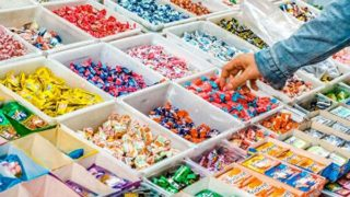 お菓子売り場
